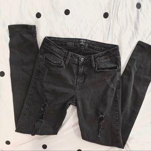 Just Black    Distressed Black Skinny Jeans